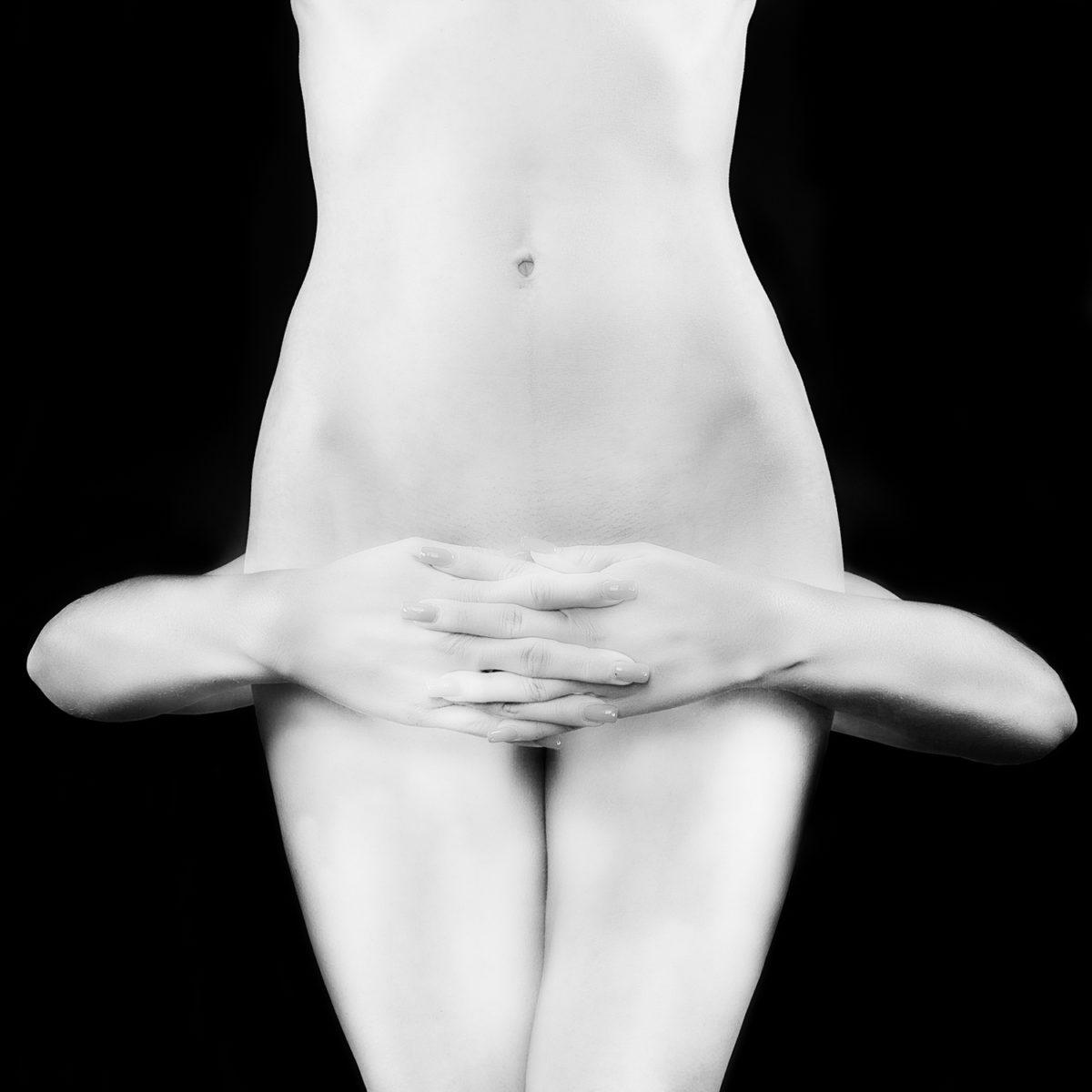 Dietmar Zirzow - White Nude